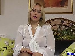 babe-beautiful-british-lady